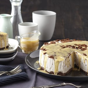 Cookies & ice cream cheesecake with salted caramel sauce