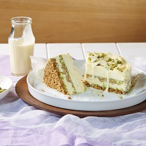 Pistachio & Custard Vanilla Ice Cream Cake